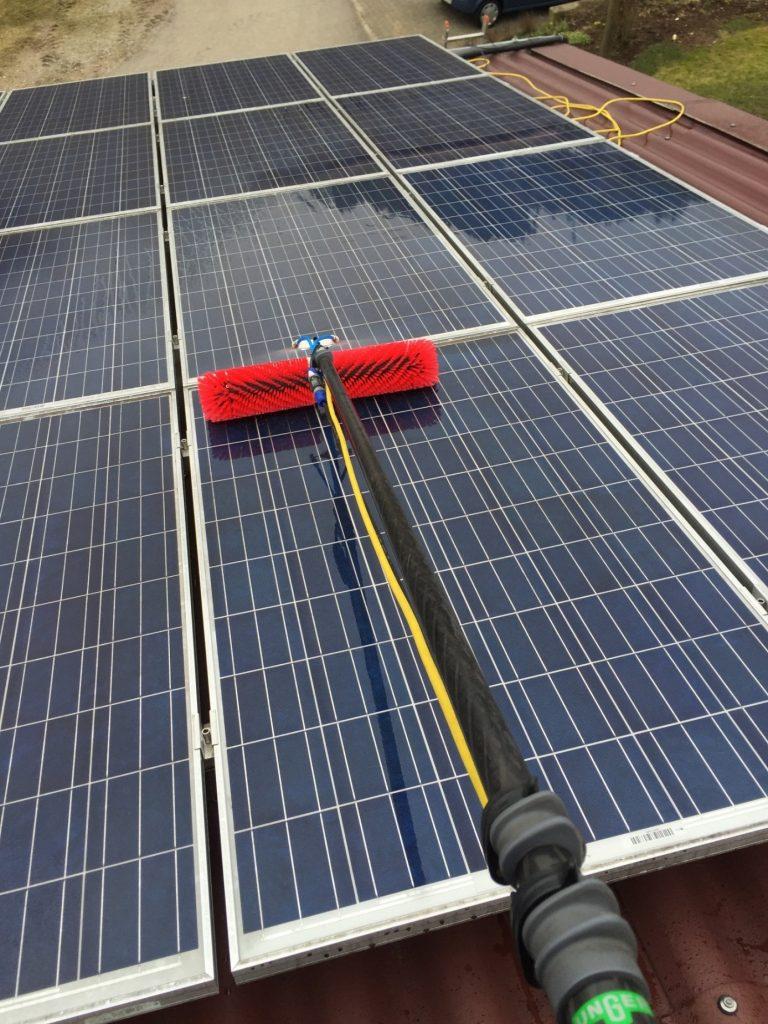 Photovoltaik-Reinigung – Maschinenring Schwarzwald Baar